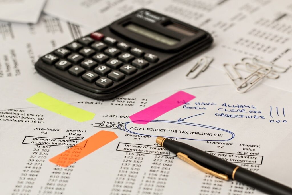 Ubezpieczenie samochodu firmowego - koszty ubezpieczenia i niuanse podatkowe